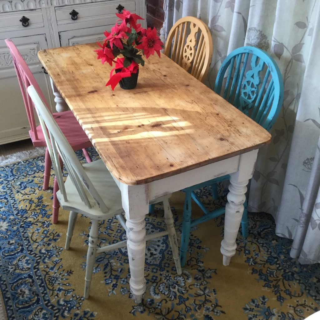 Vintage Pine Kitchen Country Dining Table With 4 Mismatched Chairs