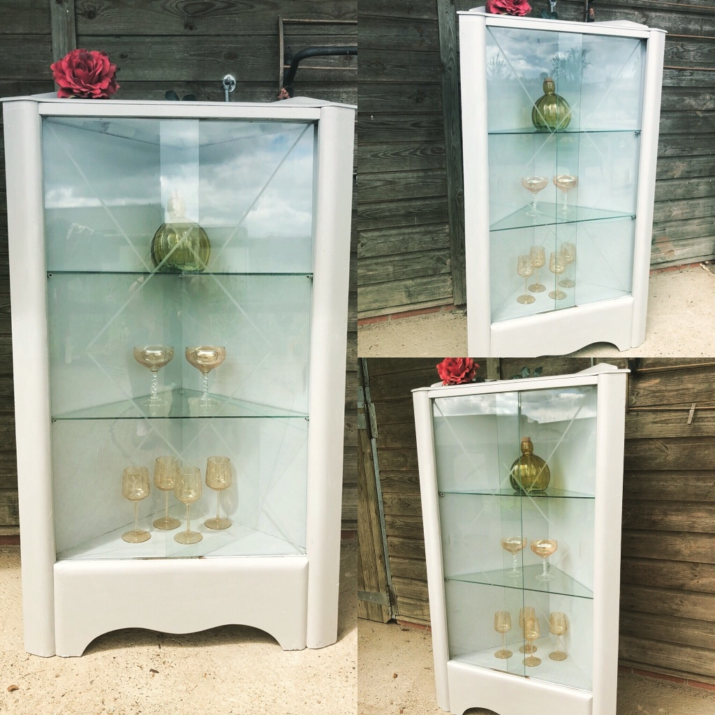 vintage_glass_display_cabinet